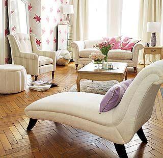 Aplique apliques en el pasillo y en el recibidor laura for Salon laura ashley