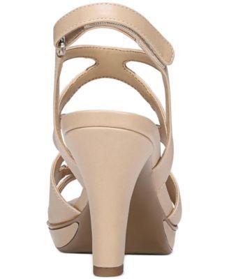 117e1422069 Naturalizer Dianna Slingback Sandals - Black 8.5M