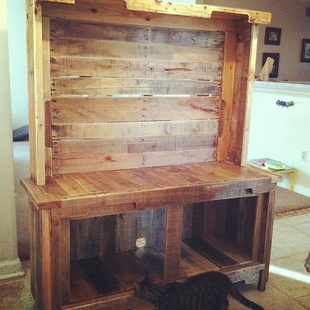 pallet wood entertainment center | Other Crafty Ventures ...