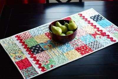 Moda Bake Shop Simple Little Runner Table Runner Tutorial Quilted Table Runners Table Runner And Placemats