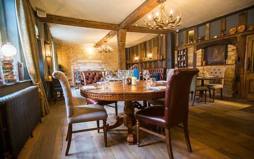 The Ten Best Pub Hotels In Cotswolds