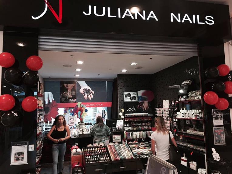 Nur noch heute -10% auf den gesamten Einkauf bei Juliana Nails im Donau Zentrum und Südpark Shopping Center Klagenfurt  Komm vorbei und mit etwas Glück triffst DU noch unsere Promotiondame im Foyer, welche eine kleine Überraschung für Dich bereit hält.