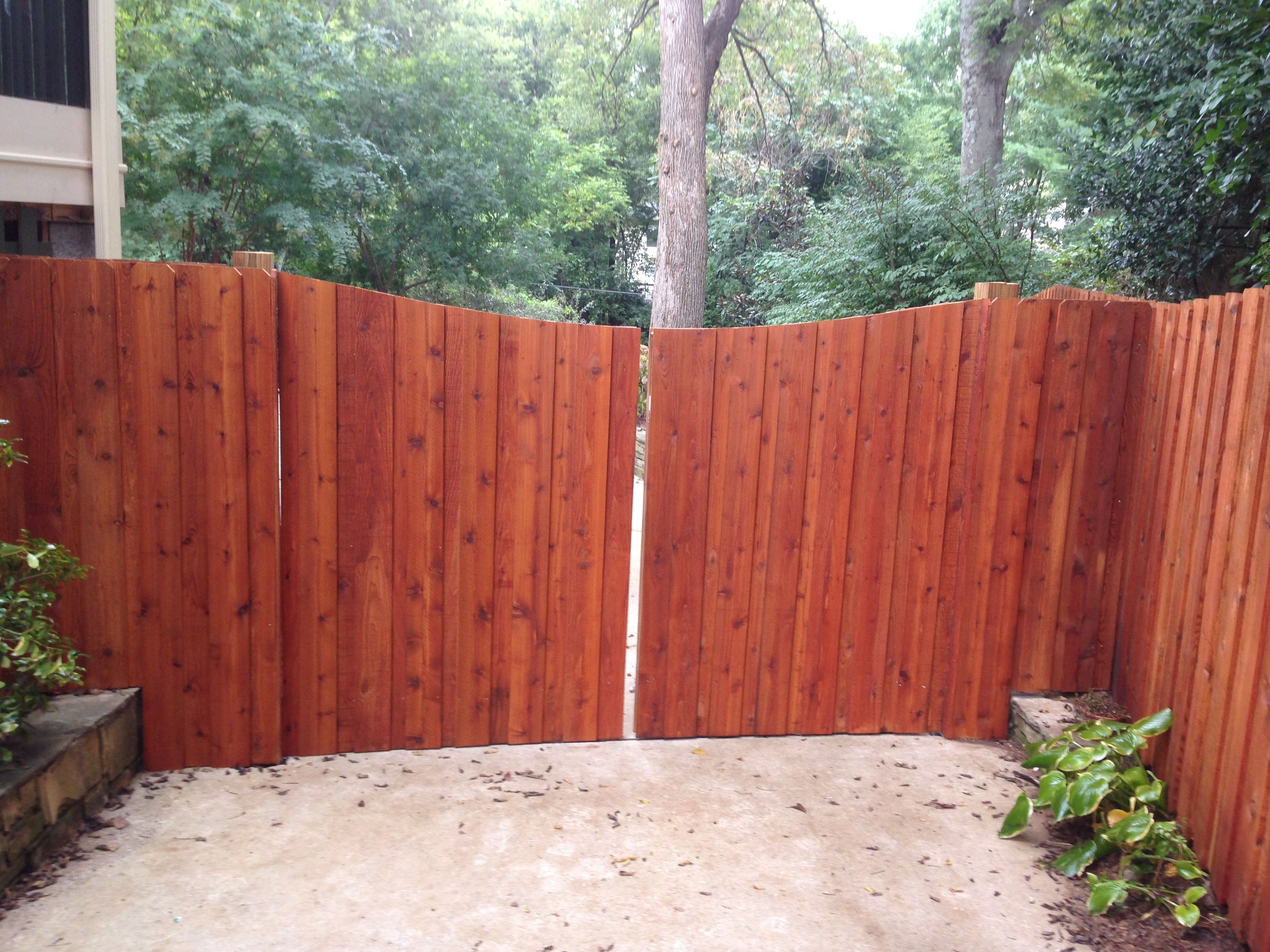 Wooden picket fence transparent backgroundgarden and gardening - Gardens Cedar Tone Fence Stain On Red Western Cedar Privacy Fence In West End Neighborhood Nashville