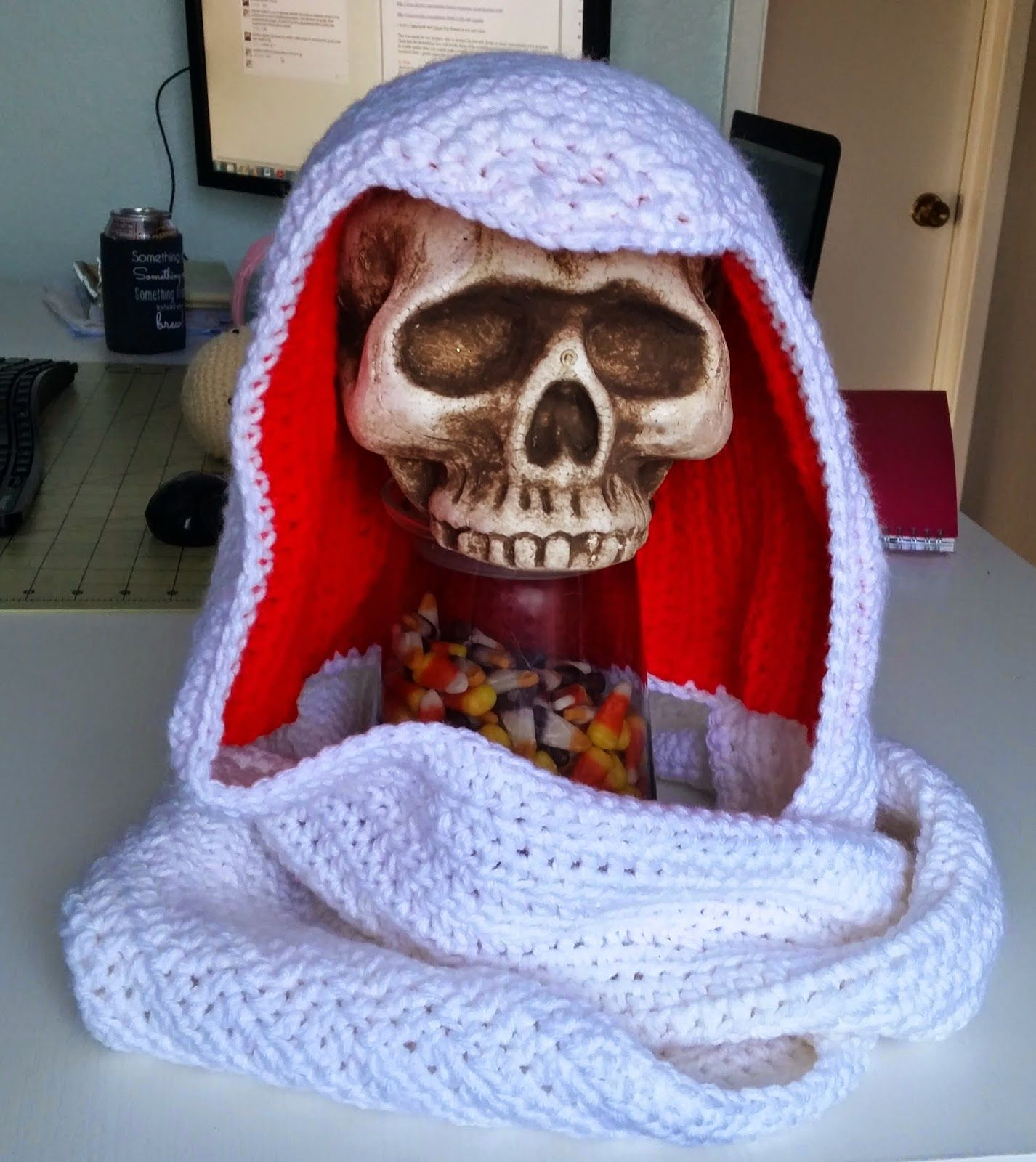 Kristen\'s Crochet: Assassins Creed Inspired Scoodie | Virka | Pinterest