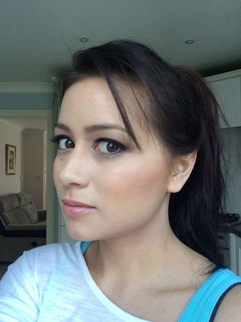 Flawless wedding make up - brown eyes