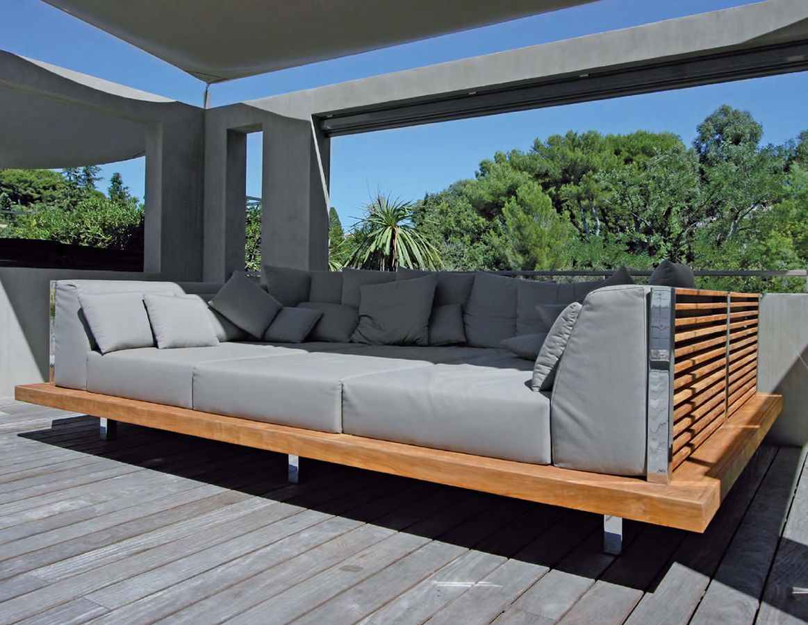 Outdoor Daybed Design Ideas