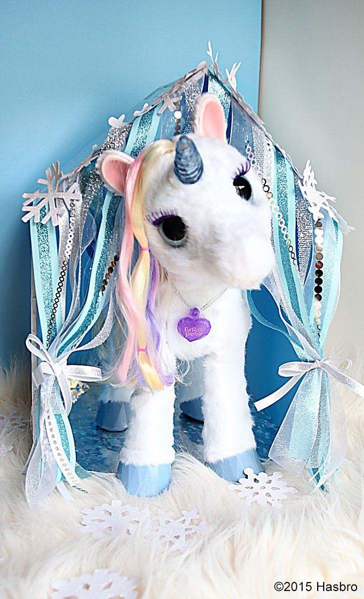 86784d4676a StarLily My Magical Unicorn loves her new home - make your own DIY stable  for StarLily. Inspired and sponsored by FurReal Friends
