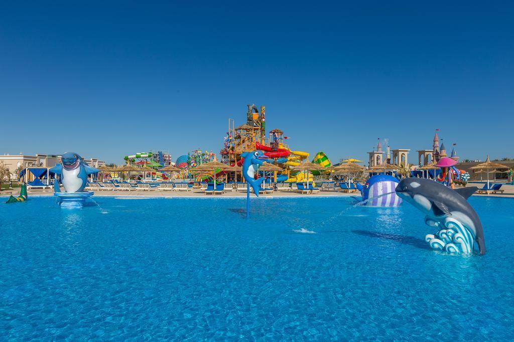 استمتع بأفضل فنادق مصر مع أجازاتكو للسياحة فنادق مصر ذات طبيعة عالميه من حيث الإقامة و تمتع أيضا فى فنادق مصر بالجلوس على حمامات Pool Float Outdoor Pool