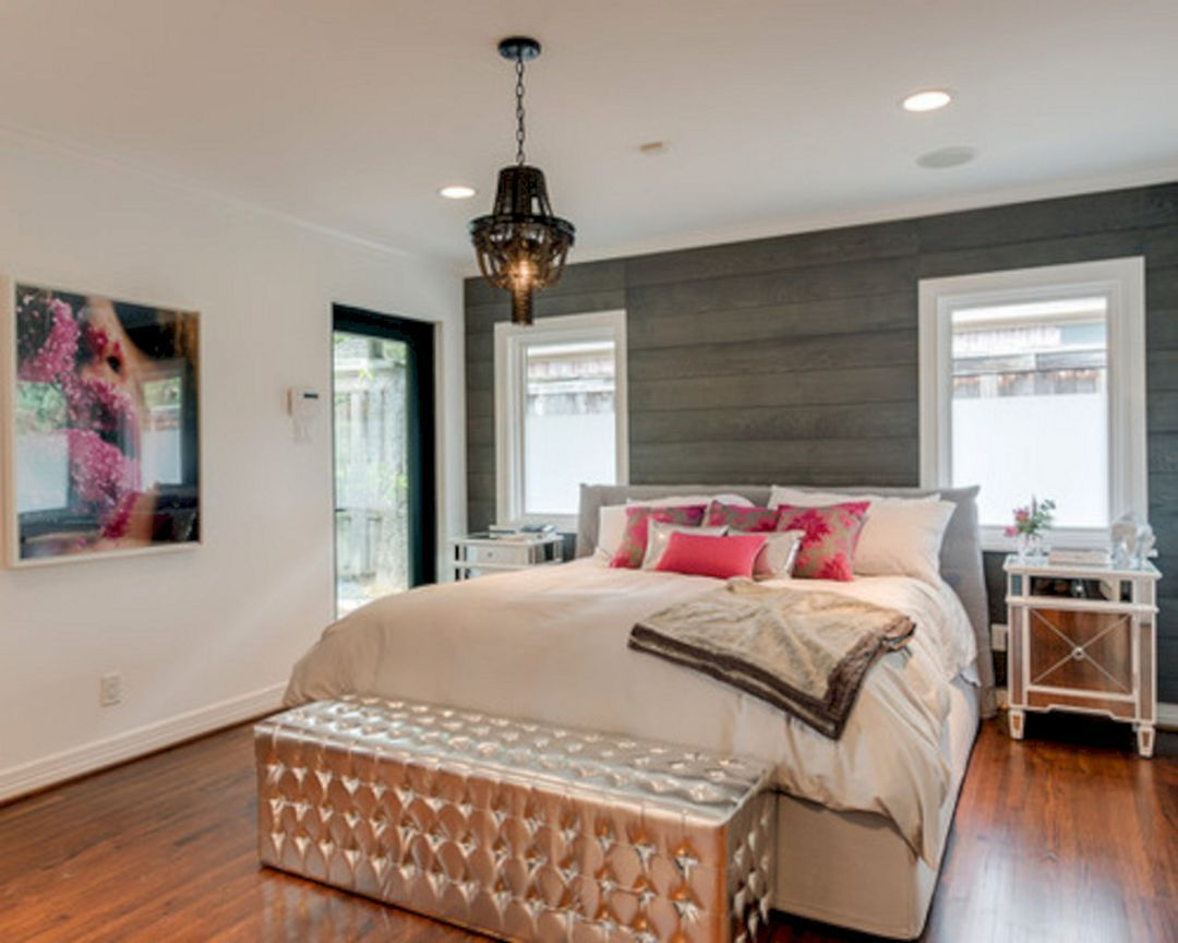 10+ Beautiful Bedroom Decorating With Shiplap Wall Ideas