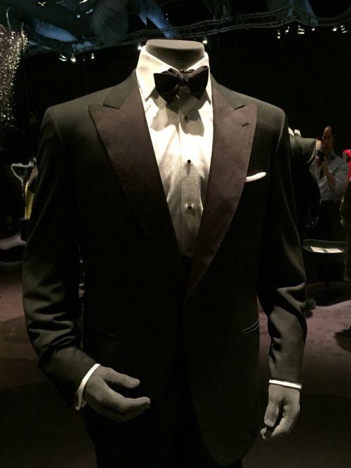 6c6f05a2b2b James Bond Pierce Brosnan dinner suit made by Brioni in the movie  Goldeneye