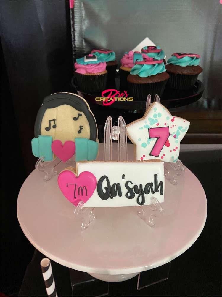 Tiktok Inspired Theme Birthday Party Ideas Photo 17 Of 27 Birthday Party Themes Birthday Bash 11th Birthday