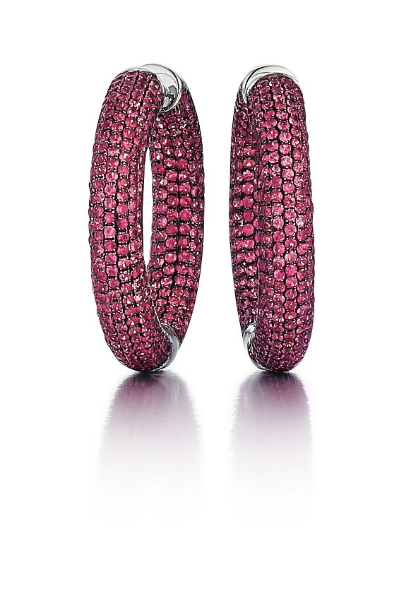 18K blackened gold and pavé ruby hoop earrings, 10.78 carats