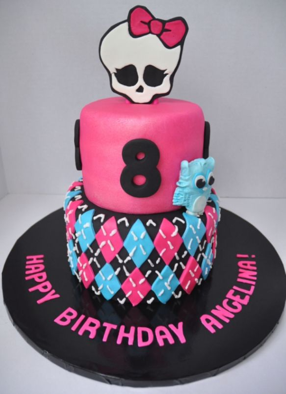 Pleasing Monster High Cake By Piper Cakes With Images Monster High Personalised Birthday Cards Veneteletsinfo