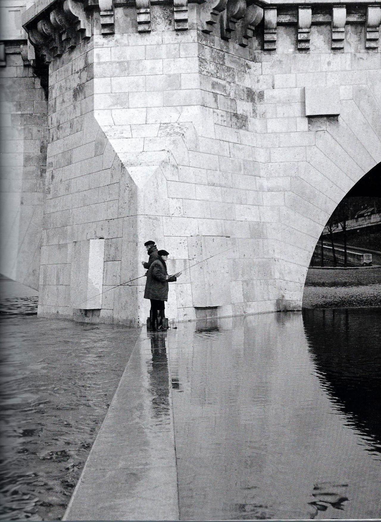 Pont de la Tournelle Paris 1951 Robert Doisneau
