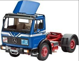 Truck Mercedes-Benz 1628 S with Spoiler Revell #07467 New Model Kit 1/25 Scale