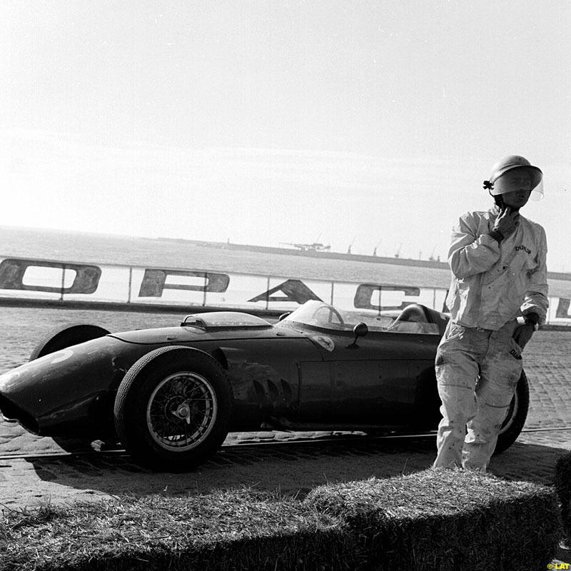 Phill Hill - Scuderia Ferrari - Ferrari Dino 246 - GP de Portugal 1960 (Porto)