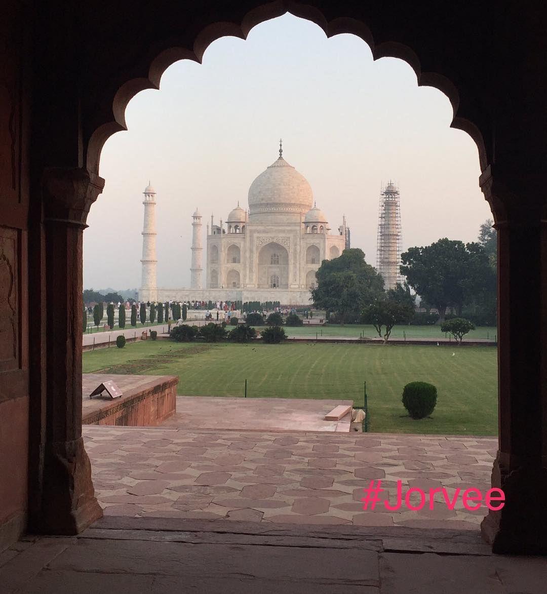 The Taj Mahal - Symbol of Love  #TajMahal #India #architecture #building #heritage #symboloflove #mughal #shahjahan #agra #taj March 18 2017 at 08:10PM