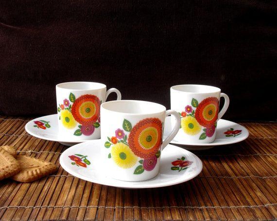 Seltmann Weiden Bavaria coffee cups, espresso cups, demi tasses, West Germany, modernist German porcelain,  1970s, retro