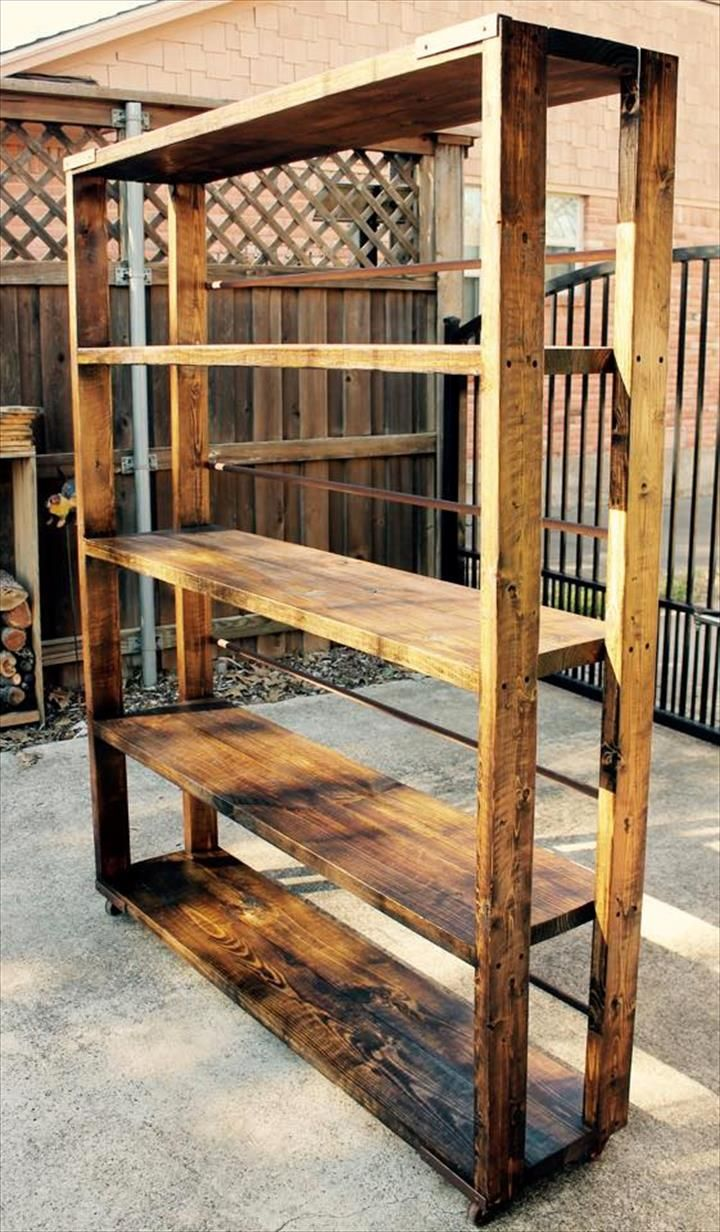 Diy reclaimed pallet bookshelf bookcase pallets for Reclaimed wood bookcase diy