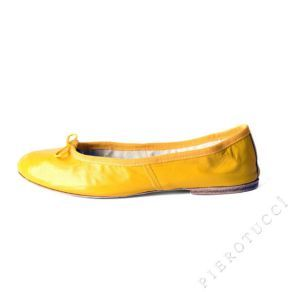 http://www.pierotucci.com/clothing/shoes_ballet_flats/Porselli_Yellow_Leather_Ballet_Flats_3121.htm