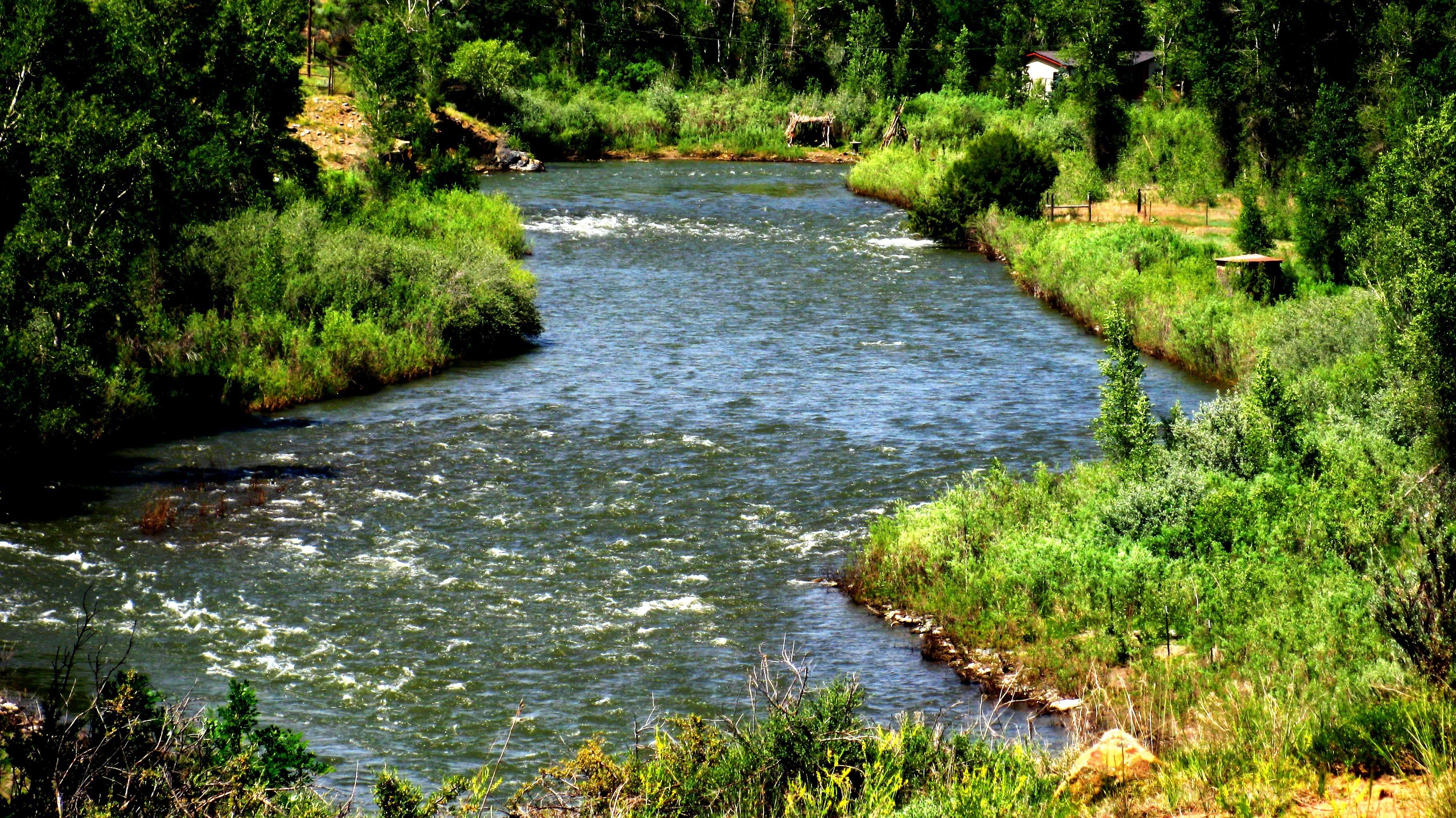 A river runs through it httpwww