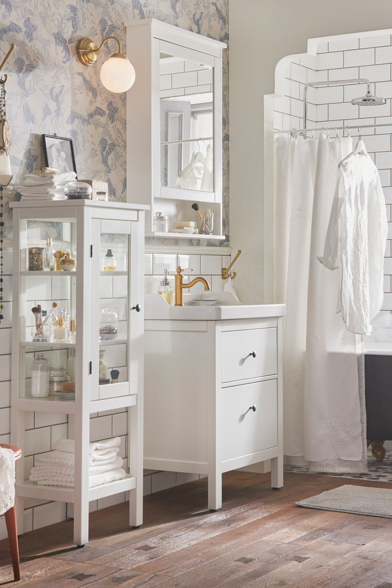 Hemnes Spiegelschrank 1 Tur Weiss Ikea Deutschland Spiegelschrank Kleines Bad Einrichten Badezimmer
