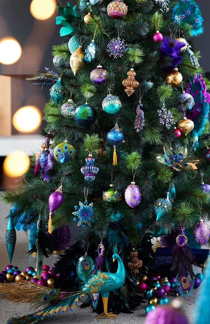 Christmas 2017 3 New Ways To Decorate Your Xmas Tree Peacock Christmas Tree Colorful Christmas Tree Christmas Tree Decorating Themes