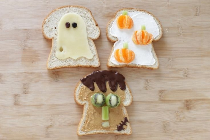 Easy Halloween Toasts to share with excited little ones