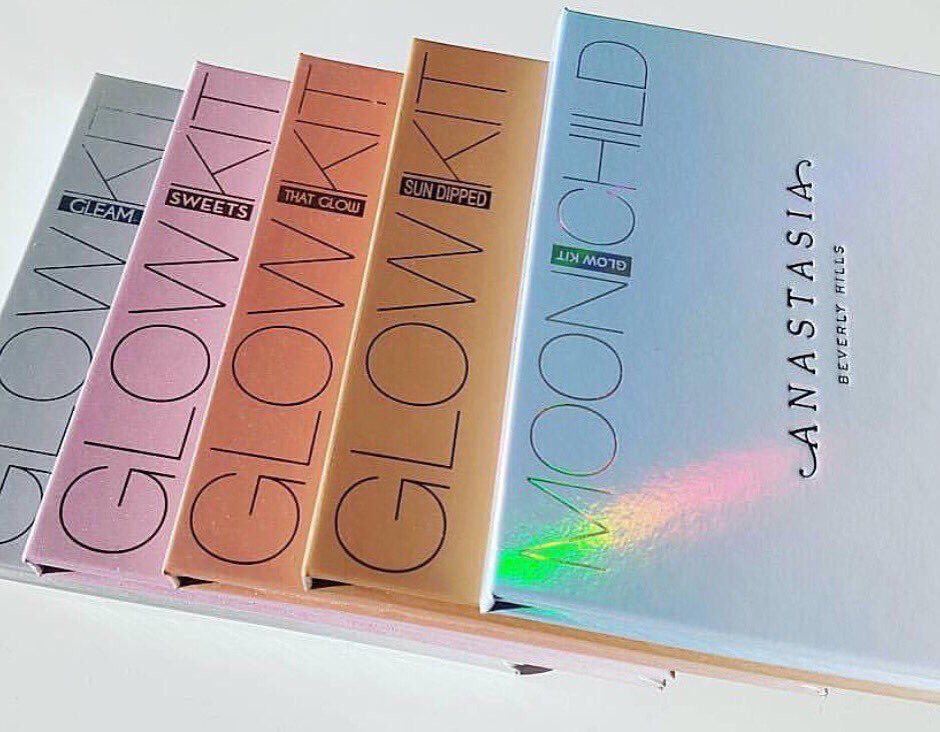 """Dream Closet on Twitter: """"RT TO WIN: an ABH glowkit of your choice ✨✨  (Must follow me and @VsPxrn so we can dm you) https://t.co/an9mol2dv0"""""""