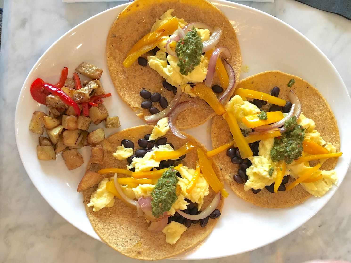 27 Bar + Kitchen tacos | brunch, farm to table