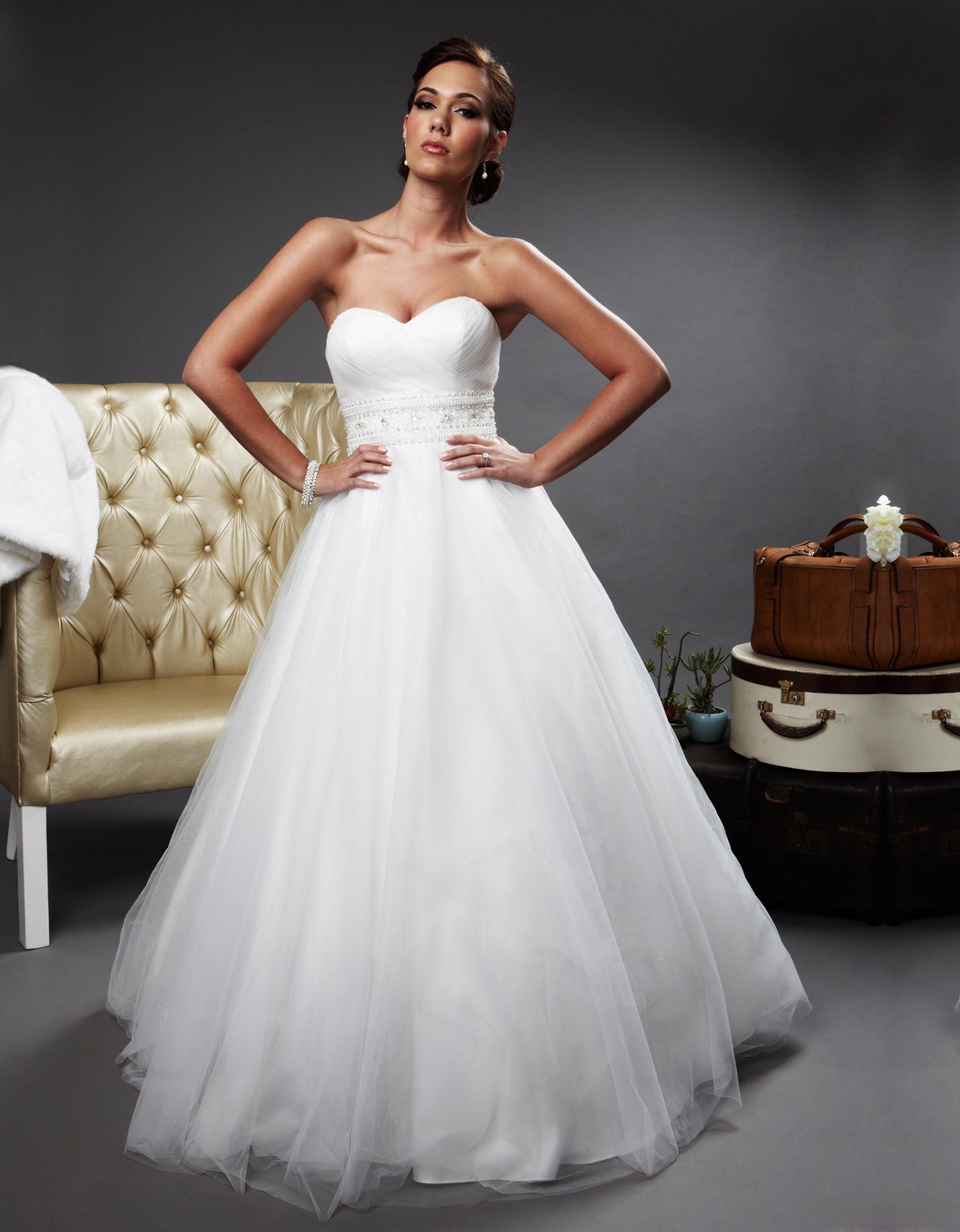 Oleg Cassini Strapless Tulle Ball Gown Size 6 Wedding Dress ...