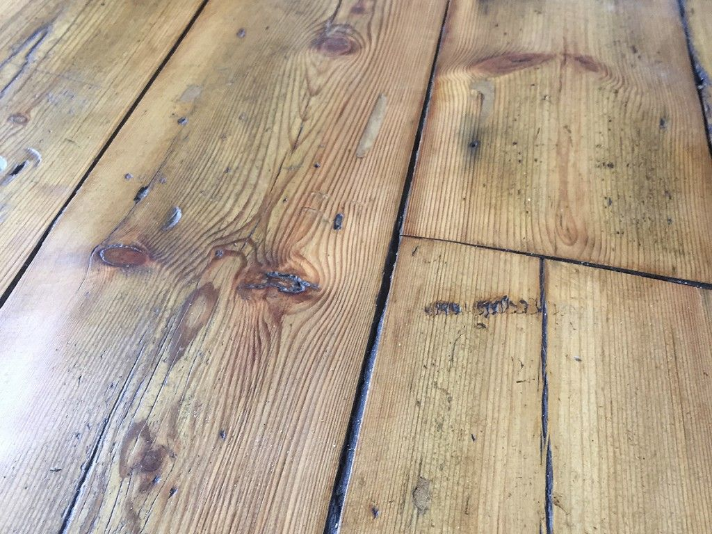 how to clean floorboards in house