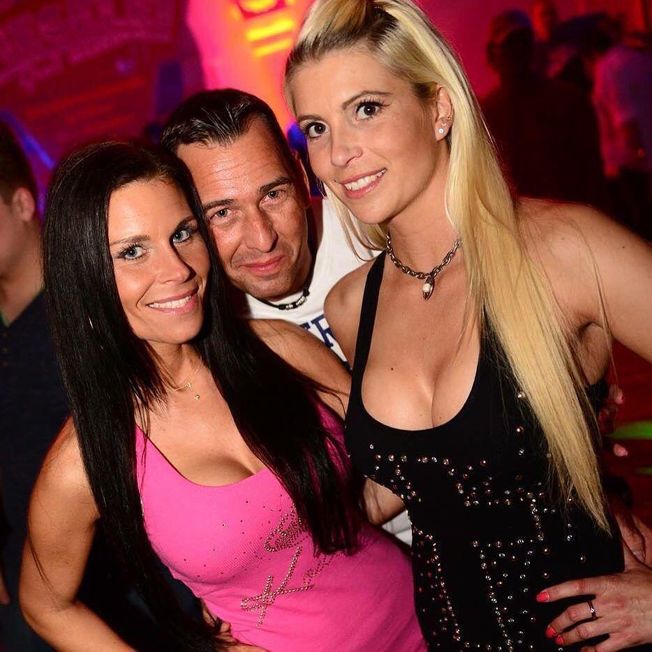 On instagram by partyscout.biz #hakken #gabbermadness (o) http://ift.tt/1YWPBSj #diehallelübeck #alarmstuferot #alarmstuferot2016 #club #disco #saufen #läuft #läuftbeidir #läuftbeimir #partyscout #partyrecordz #tanzen  #hardstyle #hardcore #revivalrave #revival #lübeck #angerfist #dopemonkeys
