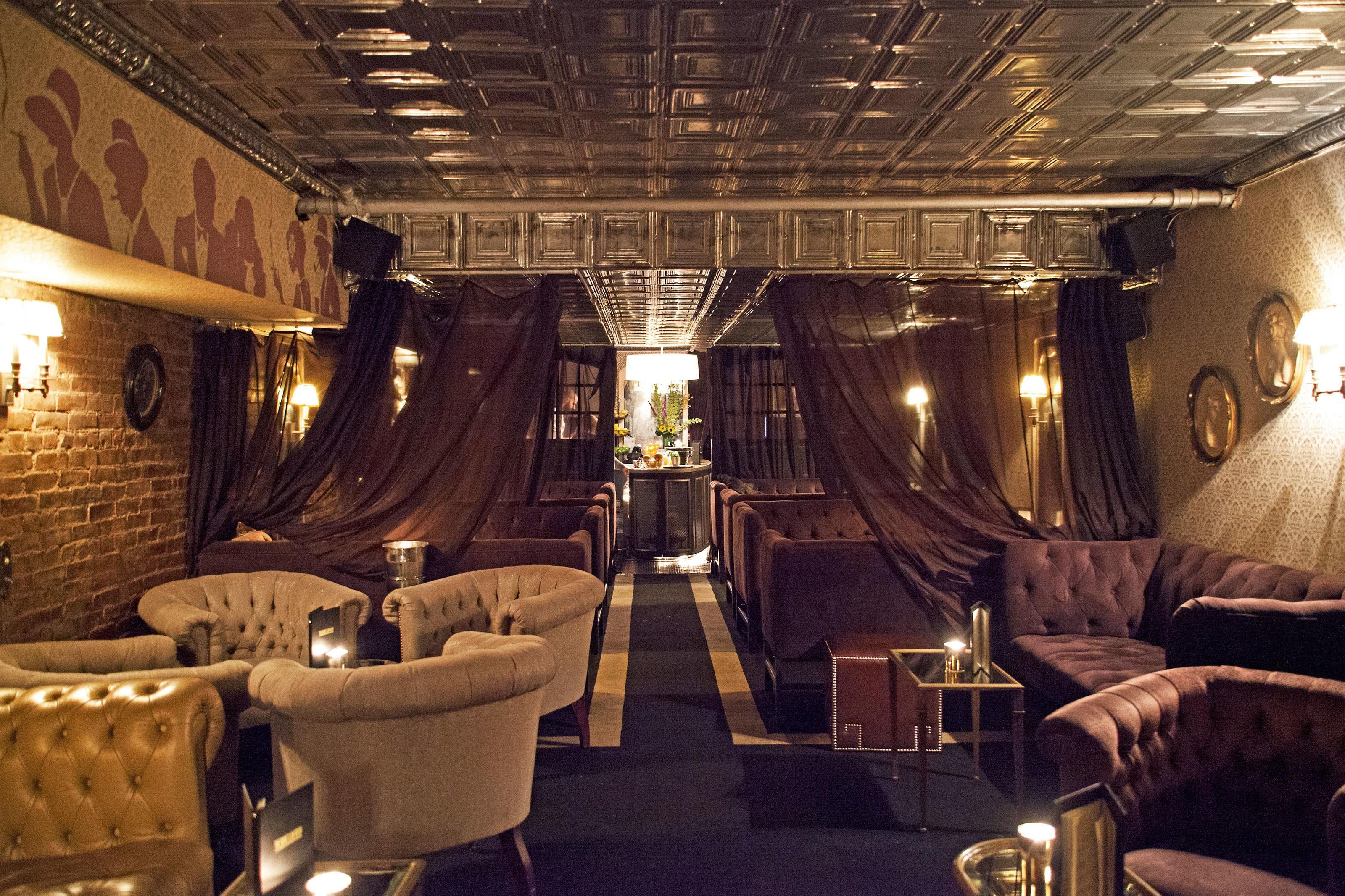 Peek Inside New York City S Most Stylish Hidden Bars Hidden Bar New York City Bars Speakeasy