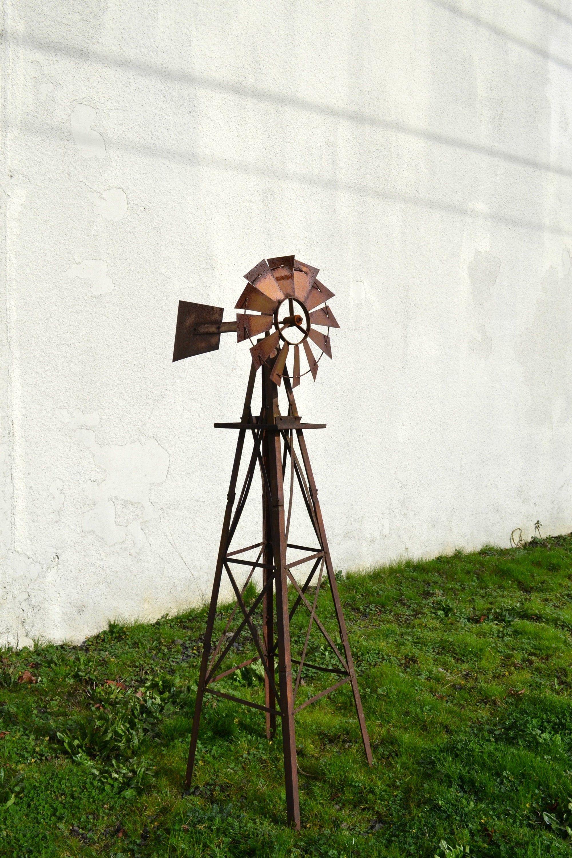 Large Vintage Windmill Rustic Windmill Rustic Farmhouse Decor Rustic Garden Art Metal Windmill Rustic Yard Art Modern Farmhouse Decor In 2020 Rustic Farmhouse Decor Rustic Garden Decor Metal Windmill