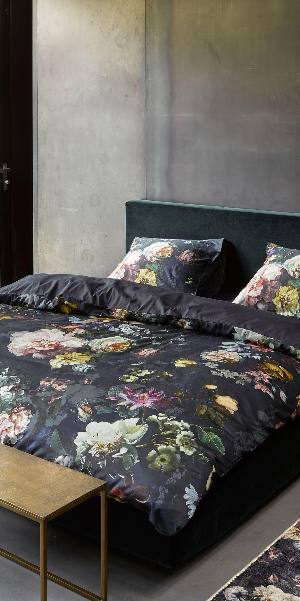 Ge¯nspireerd op de prachtige schilderijen van oud Hollandse meesters dat is het Fleur dekbedovertrek
