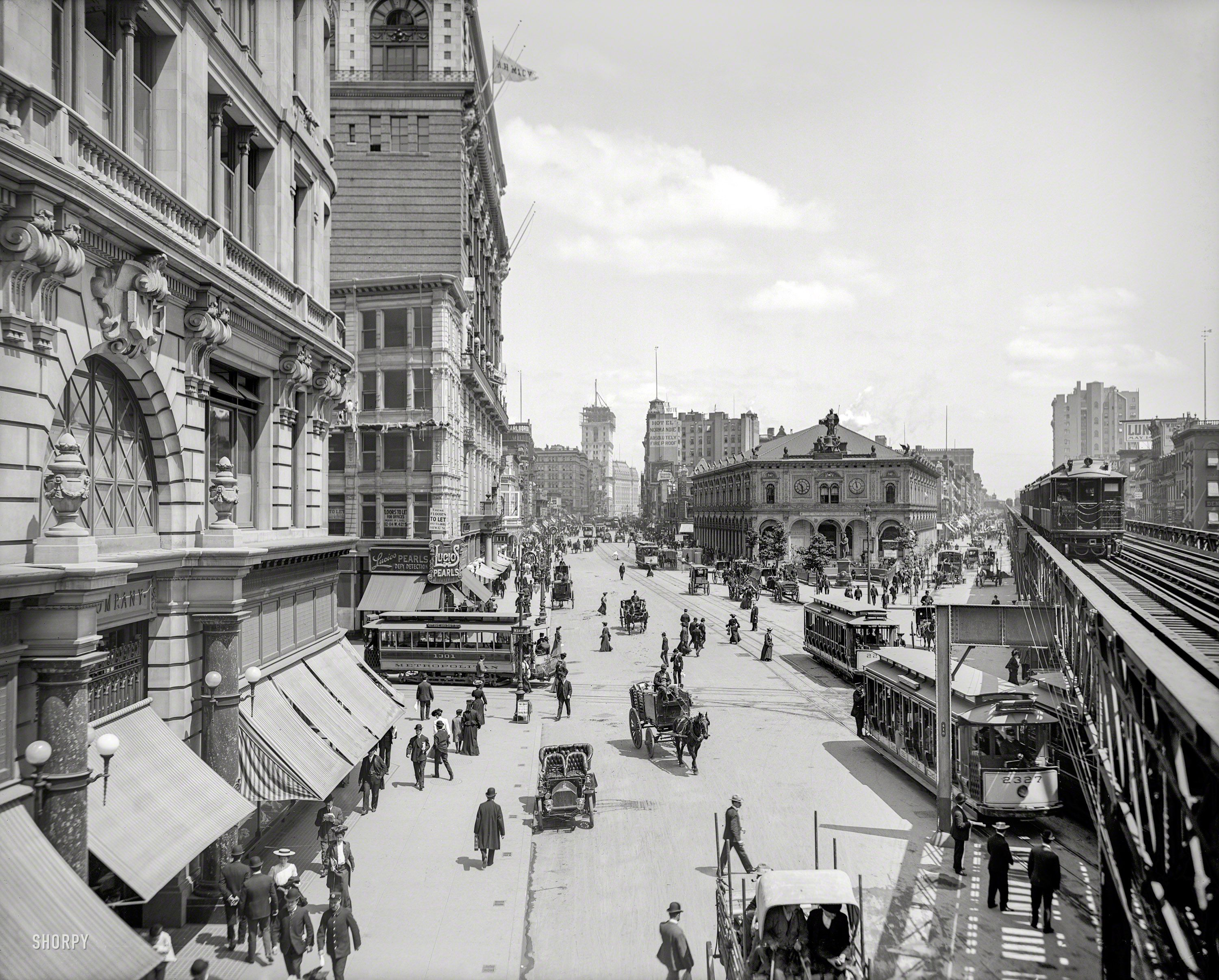 Crazy Details Fascinating 1903 Herald Square New York With Times Square In The Distance And The New York Time New York City Nyc History New York Square