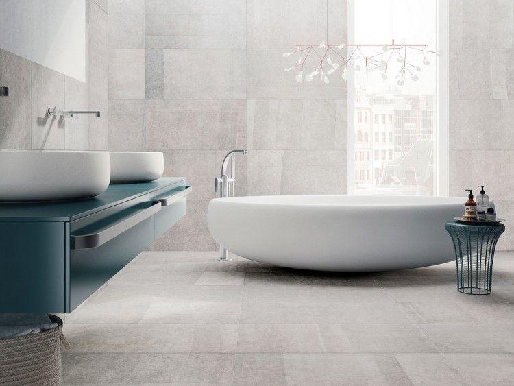 Modernes Badezimmer In Weiß Und Blau Fliesen Steinoptik, Feinsteinzeug  Fliesen, Bad Fliesen, Moderne