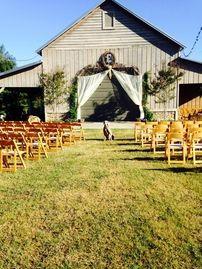 Outdoor barn wedding and reception venue in North Alabama ...