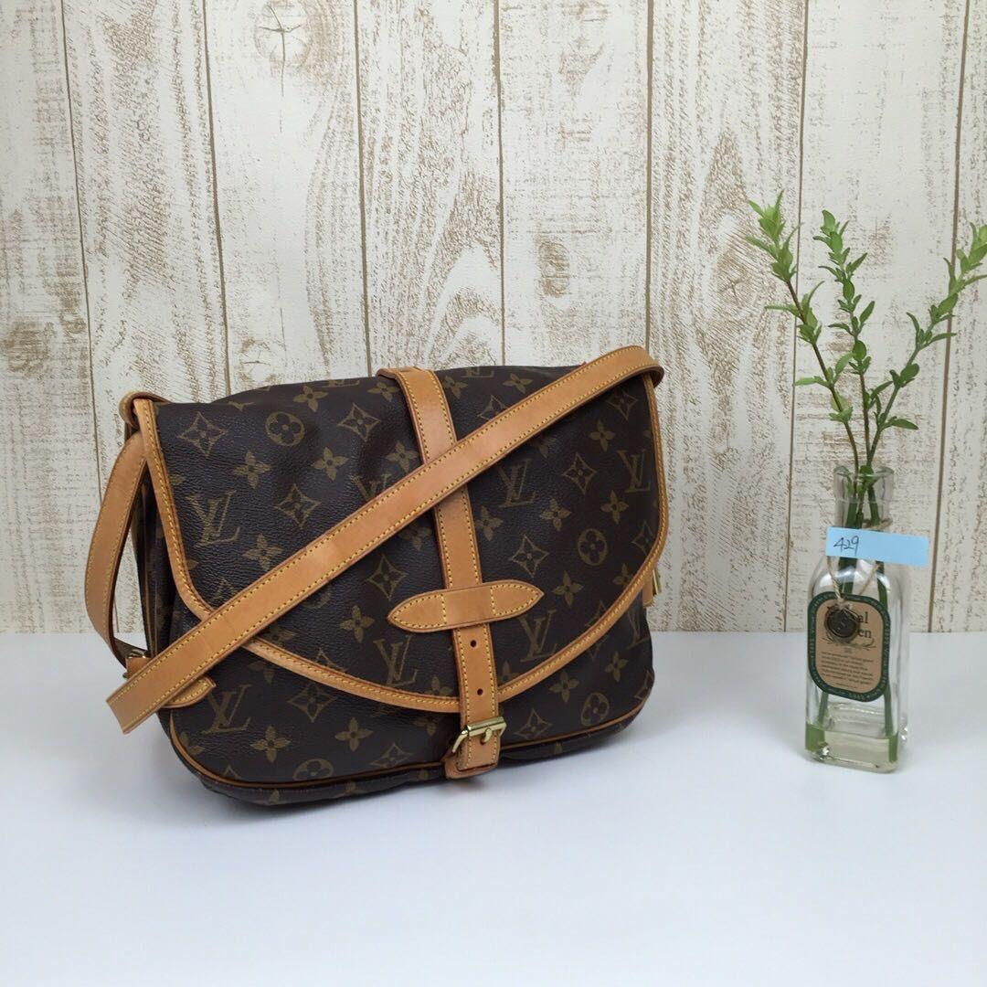 25511e4920 LV Sling Bag