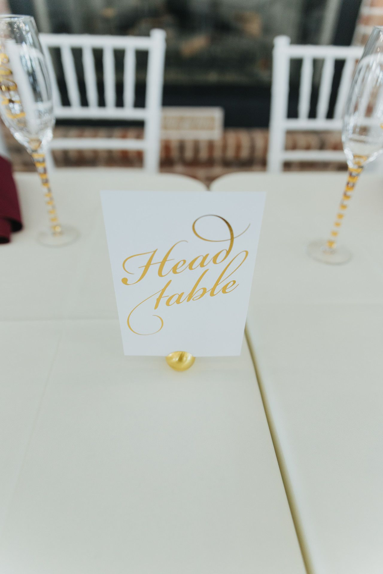 Simple wedding decoration ideas for reception  gold  white head table sign  elegant  simple wedding reception