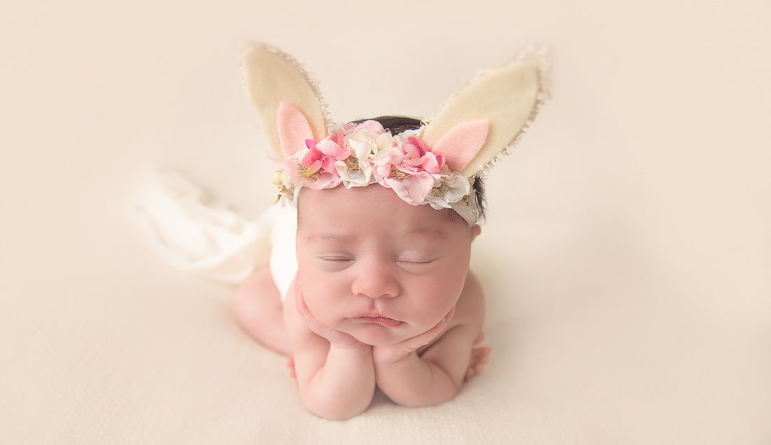 Kerri leach photography evansville in newborn photographer newborn photography