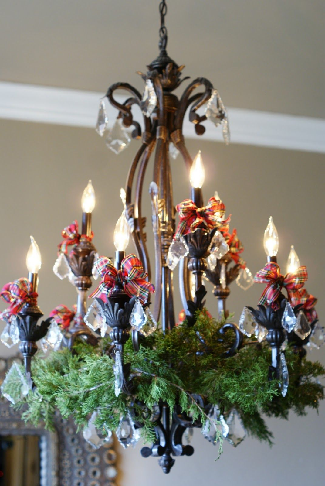 Awesome ornamented christmas chandeliers for unforgettable family awesome ornamented christmas chandeliers for unforgettable family moments christmas pinterest christmas chandelier chandeliers and christmas decor arubaitofo Image collections