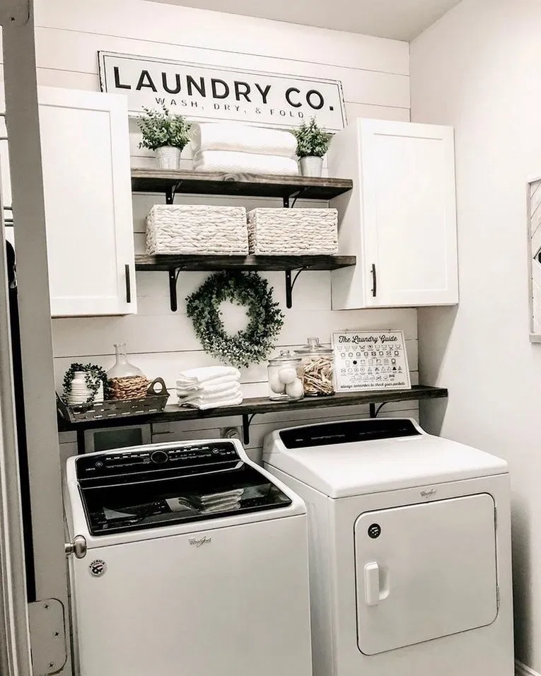 63 smart farmhouse laundry room storage organization ideas 8 #farmhouse #laundryroom #laundryroomstorag | Home Decor and Tips #laundryrooms
