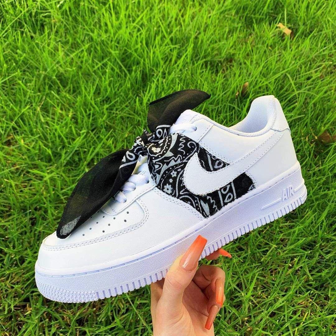 Black Bandana AF1 in 2020 Custom nike shoes, Nike shoes