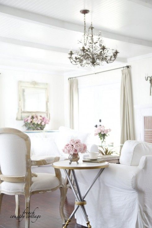 3 ways to warm up a room on the designHAPPY blog! Change the look and feel of your rooms almost instantly by just moving things around a bit. Maybe try the sofa in that spot under the window you have been thinking about. Or see if a mirror looks better above the mantel than the artwork.