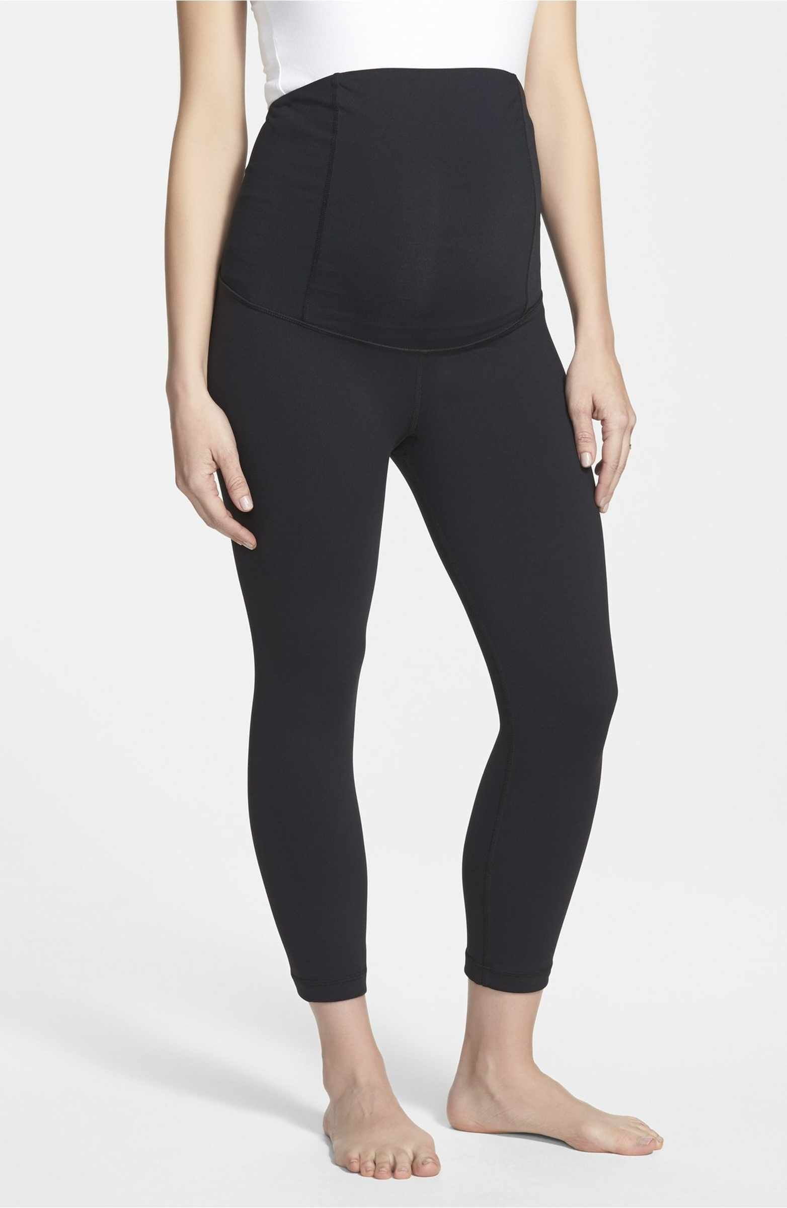 4a57e028a4fa5 Main Image - Ingrid & Isabel® Active Maternity Capri Pants with Crossover  Panel