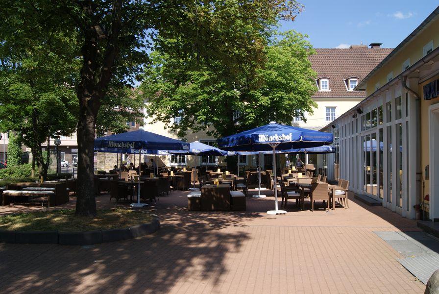 Terrasse Des Wienecke Xi Hotel Hannover Hildesheimer Strasse 380 30519 Hannover Tel 0511 12 611 0 Fax 0511 12 61 Design Hotel Hotel Tagungshotel