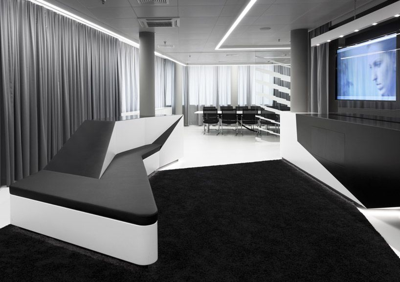 Microsoft\u0027s Briefing Center in Wallisellen, Switzerland Commerical - innovatives interieur design microsoft