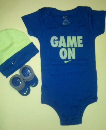Nike Newborn Baby Boys Onesie Bodysuit Booties Cap Outfit 0 6 Month 3 PC  New |